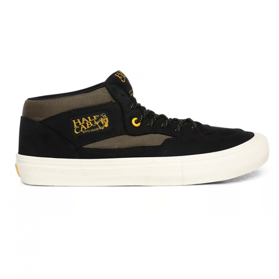 Vans Half Cab Pro Shoes - Black / Military